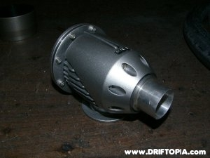 The recirculation fitting installed on the SSQV BOV