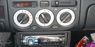 Project MR2 Spyder Part 4: Electronics