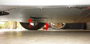 Lotus Elise Rear Undertray / Rear Splitter Removal