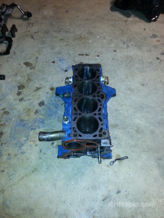 Bare ca18det block with pistons removed.